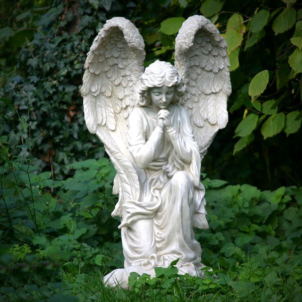 large-praying-angel-statue-02a-600