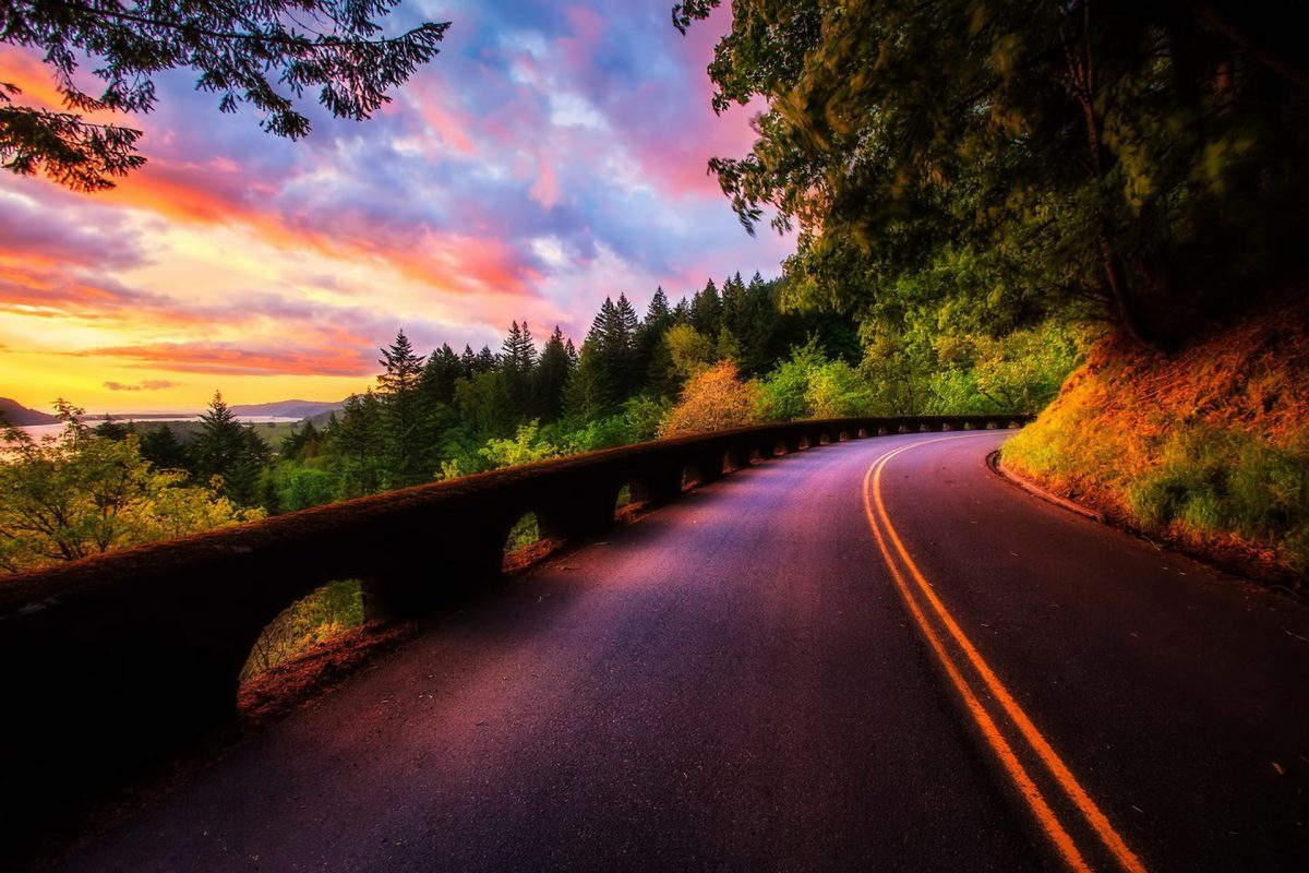Road-along-the-sunset