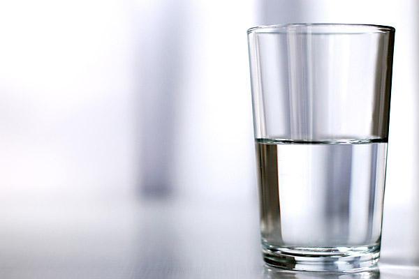 0421-glass_full_600
