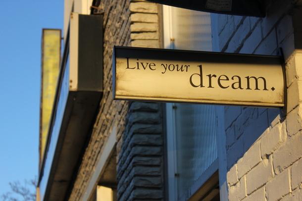Favim.com-beautiful-dreaming-inspiration-photography-pretty-348484
