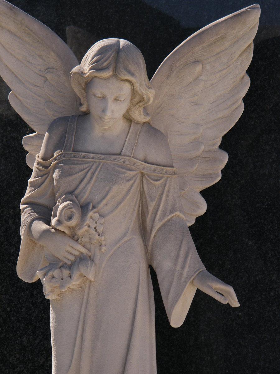 angel_statue_by_vellandrew666-d31yjbm