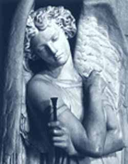 gabriel-statue