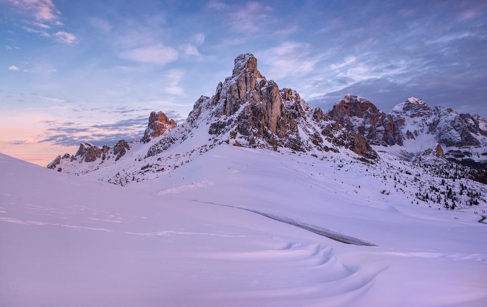 mountain-919005_960_720
