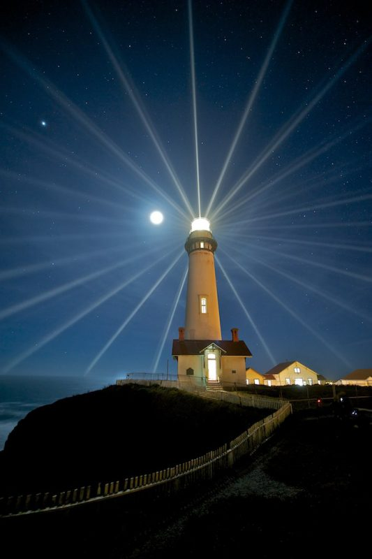 lighthouse-night-1